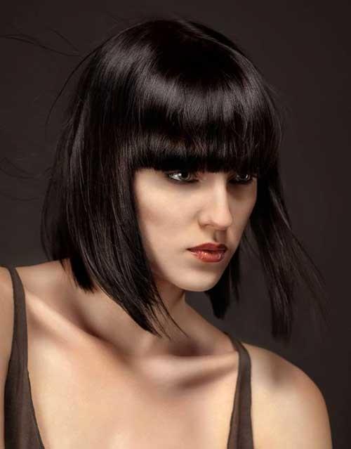 Best-Dark-Blunt-Bob-Straight-Hair-with-Bangs Nice Short Straight Hairstyles with Bangs