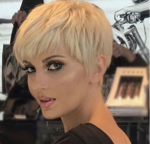 Blonde-Adorable-Short-Hair Short Pixie Haircuts for Pretty Look
