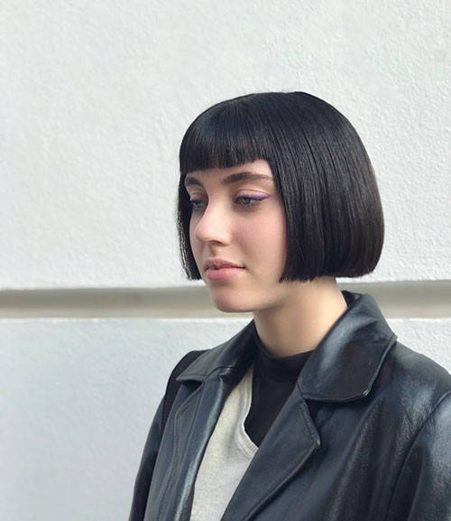 Blunt-Cut-Bob-With-Bangs-1 Populer Blunt Bob With Bangs 2019