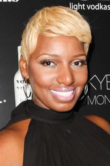 Charming-and-Attractive-Golden-Brown-Pixie-Hair The best short haircuts for black women