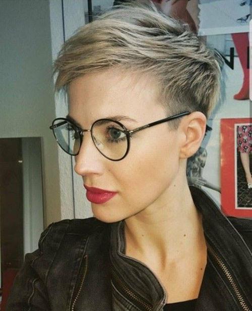 Choppy-Blonde-Pixie Best Pixie Cuts for Blonde Hair