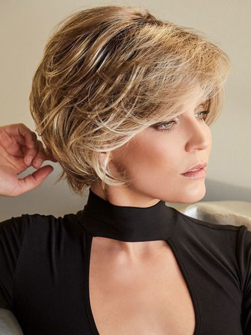 Classy-Short-Hairstyle-for-Thick-Hair Elegant Short Haircuts for Thick Hair
