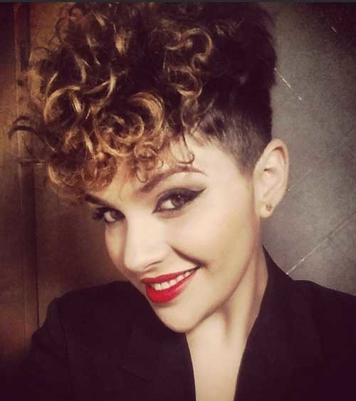 Easy-Hairstyle-for-Short-Curly-Hair Easy Hairstyles For Short Curly Hair