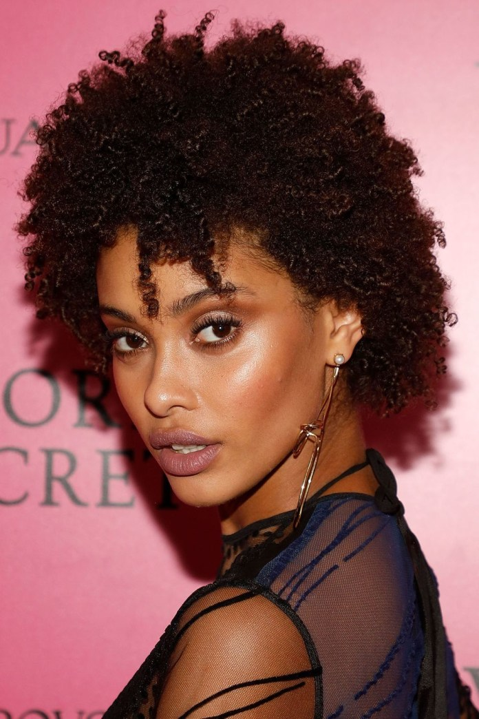 Flirty-Forehead-Pieces Easy Natural Hairstyles for Black Women