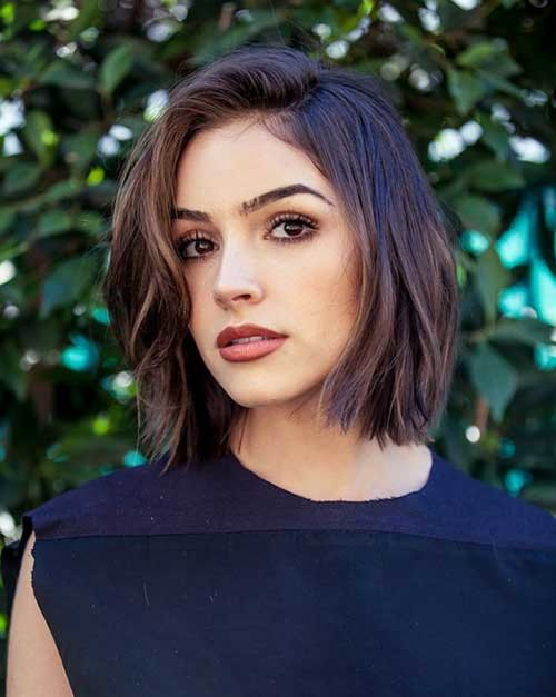 Ingrid-Nilsen Best Must-Try Brunette Bob Haircuts