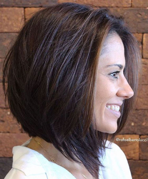 Lob-Cut Elegant Short Haircuts for Thick Hair