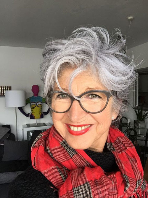 Mature-Over-50-Hairstyle Best Short Haircuts for Women Over 50