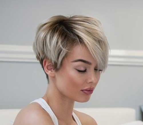 Modern-Style Asymmetrical Short Haircuts for Fabulous Look