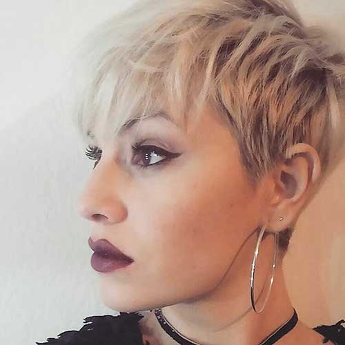 Pixie-Cut-with-Choppy-Bangs Chic Short Hair Ideas with Bangs