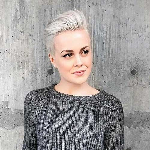 Platinum-Gray-Hair Cool Short Hairstyles You Can Rock This Summer