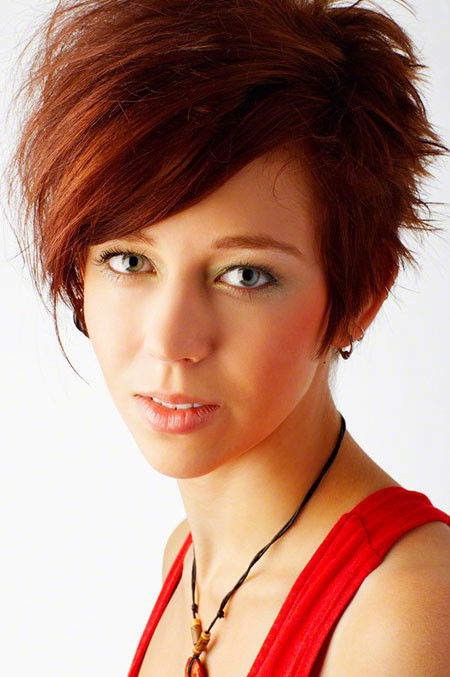 Red-Bob Trendy Haircuts for Short Hair