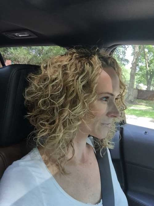 Short-Aline-Permed-Hair Very Popular Curly Short Hairstyles Every Lady Need to See