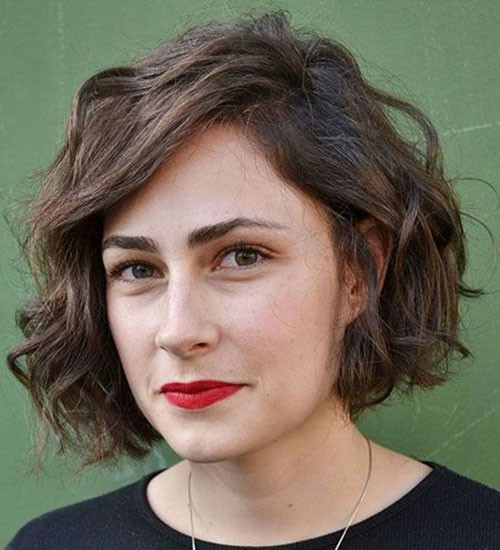Short-Bob-Wavy-Haircut Best Wavy Bob Hairstyles You will Like