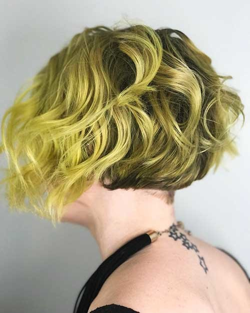 Short-Curly-Hair Trending Style for Summer: Curly and Wavy Hairstyles