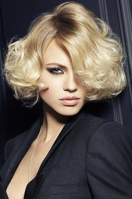 Short-Curly-Sexy-Blonde-Hairstyle Short blonde hairstyles