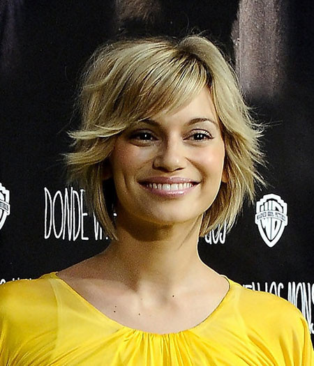 Short-Filled-Blonde-Hair Best Celebrity Short Hairstyles