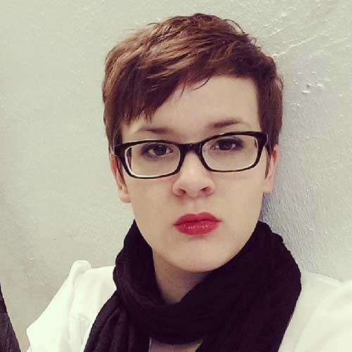 Short-Hair-with-Glasses Cute Pixie Cuts
