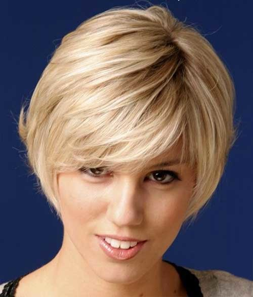 Short-Layered-Bangs-for-Straight-Blonde-Hairstyle Nice Short Straight Hairstyles with Bangs