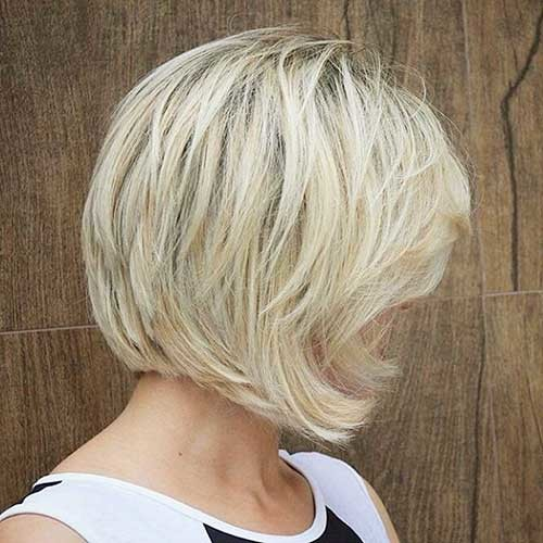 Short-Layered-Bob Striking Short Hair Ideas for Blondies