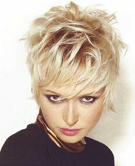 Short-Original-Boyish-Blonde-Look Short blonde hairstyles