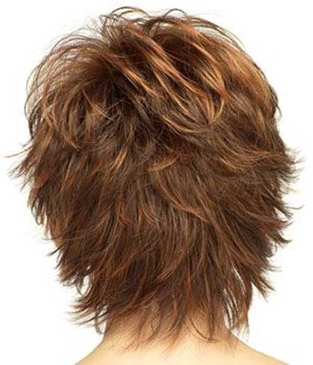 Short-Wavy-Hair-with-Layered-Back The Best Wavy Hairstyles for Short Hair