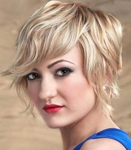 Short-Wavy-Pixie-Haircut-for-Round-Faces Short Wavy Hairstyles for Round Faces