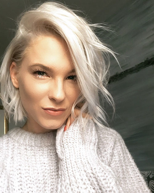Short-White-Hairstyle-With-Lowlights New Short White Hair Ideas 2019