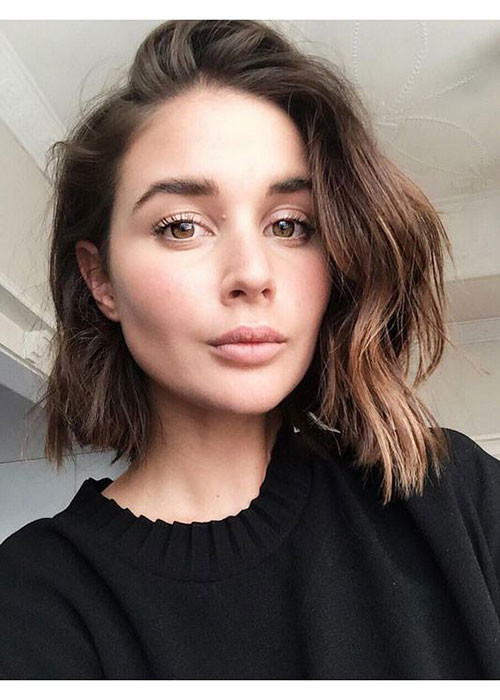 Side-Parted-1 Best Wavy Bob Hairstyles You will Like