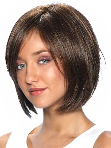 Side-Parted-Bob-Hairstyle-with-Long-Bangs Pics of Bob Hairstyles 2019
