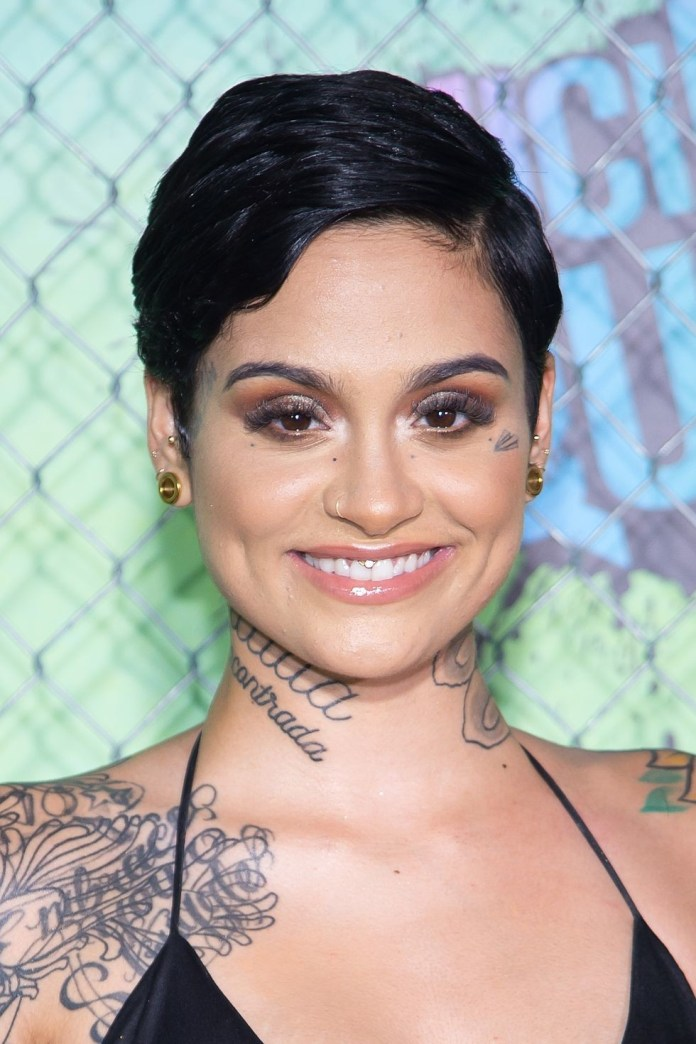 Side-Parted-Pixie Best Short Hairstyles for Black Women