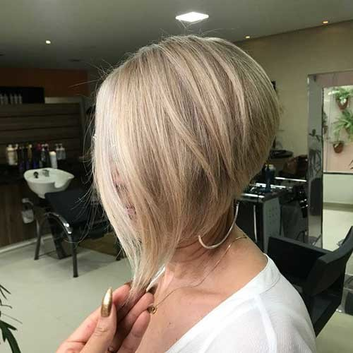 Simple-and-Easy-Hairstyle Simple Short Hairstyles for Pretty Women