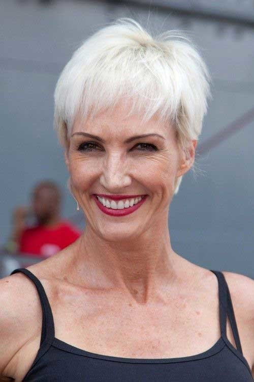 Straight-Short-Hair-Style-with-Bangs-for-Over-50 Short Hair Styles for Over 50