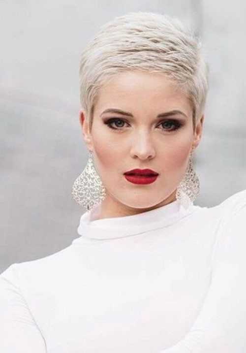 Super-Short-Haircut-Pixie-Cut Sweet and Sexy Pixie Hairstyles for Women