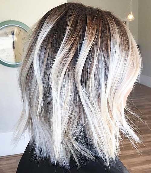 Textured-Blonde-Bob Cool Short Hairstyles You Can Rock This Summer