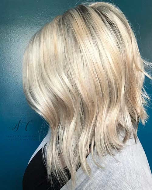 Textured-Blonde-Lob Striking Short Hair Ideas for Blondies