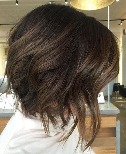 Textured-Bob-Haircut-for-Thick-Brown-Hair Short Brown Hairstyles for Fashionable Women