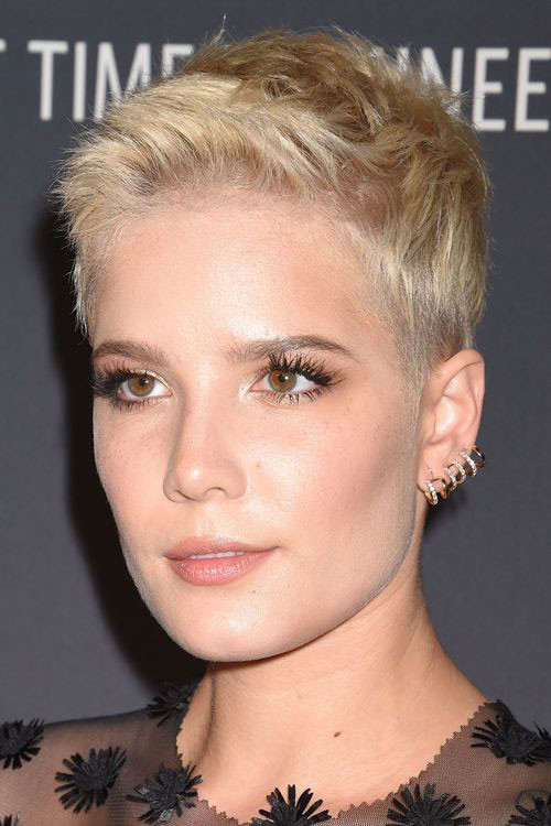 Too-Short-Haircut Sweet and Sexy Pixie Hairstyles for Women