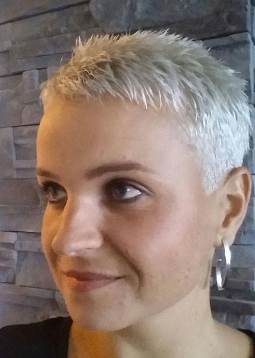 Ultra-Short-Pixie-Cut Best Short Haircuts for Women Over 50