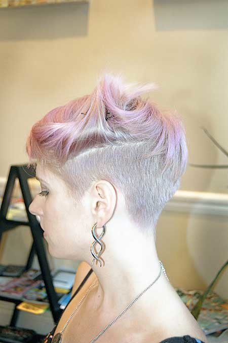 Unique-Pixie-Cut-with-Cool-Hues-of-Gray-Pink-and-other-Colors Hair Color for Short Hair 2019