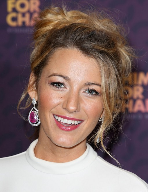 2014-Blake-Lively-Hairstyles-–-Messy-Updo Top 100 Celebrity Hairstyles 2019