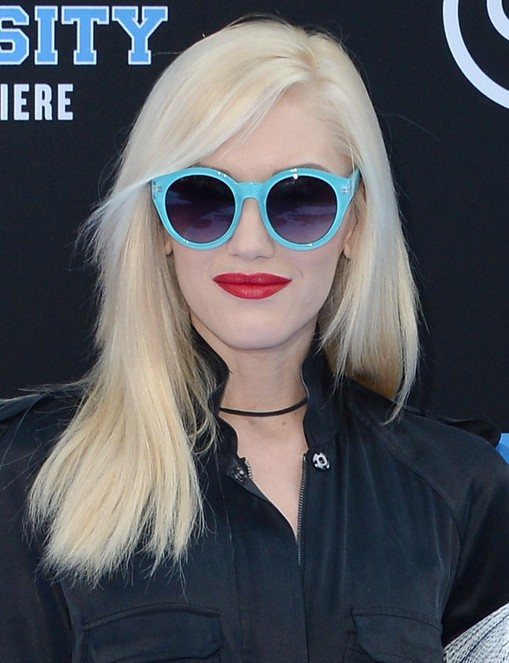 2014-Gwen-Stefani-Hairstyles-–-Blunt-Medium-Haircut Top 100 Celebrity Hairstyles 2019
