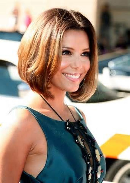 Alluring-and-Attractive-Bob-Hairstyle-with-Awesome-Sweet-flowing-Light-Ash-Brown-Hair Best Bob Hairstyles 2019