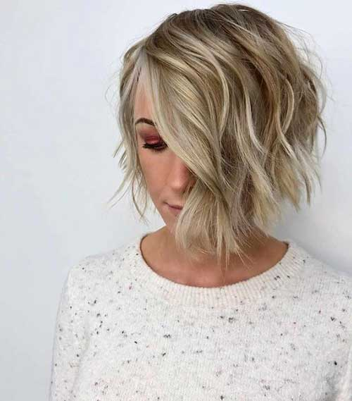 Asymmetrical-Short-Haircut Wavy Short Hair Styles for Chic Ladies