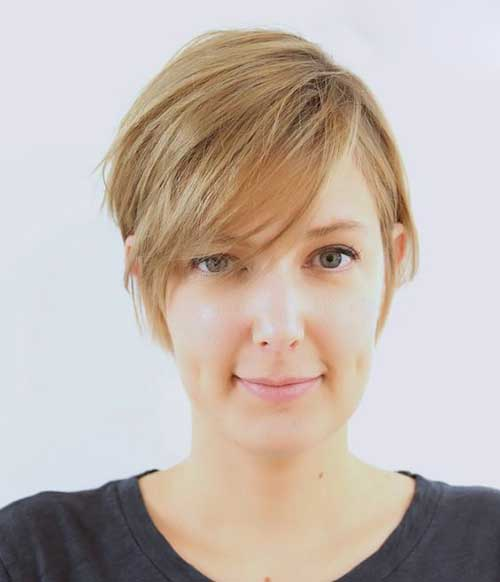 Blonde-Short-Pixie-for-Round-Face Short Haircuts for Round Face Shape