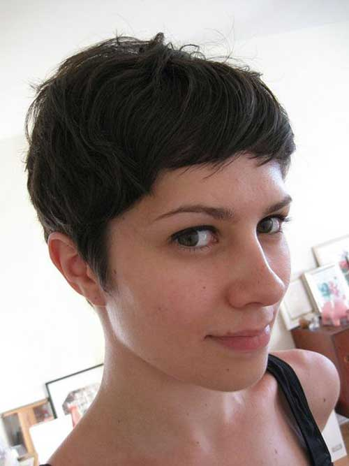 Boyish-Short-Haircut Charming Short Brunette Hairstyles