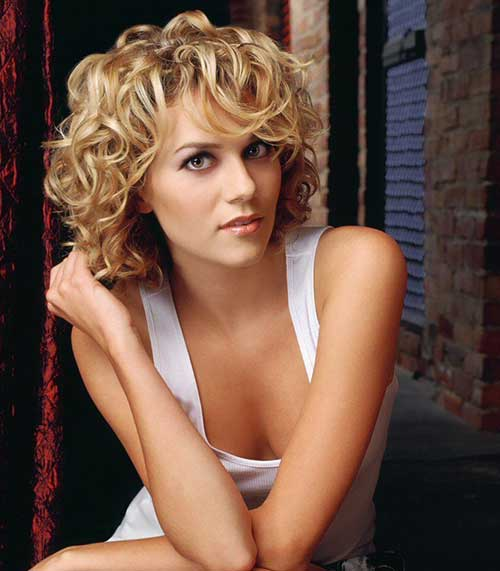 Cute-Short-Curly-Layered-Haircut-with-Bangs Best Short Layered Curly Hair