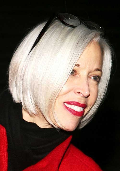 Linda-Fargo-Platinium-Blonde-Bob-for-Older-Women Bob Hairstyles for Older Ladies