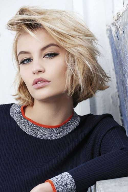Messy-Hairstyle Modern Short Blonde Hairstyles for Ladies