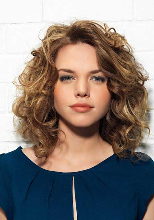 Short-Blonde-Layered-Curly-Haircut Best Short Layered Curly Hair