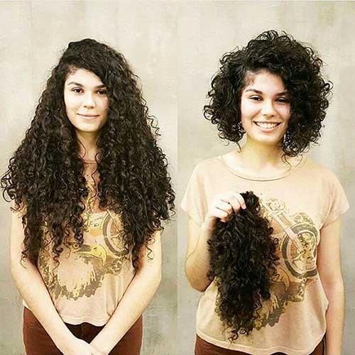Short-Curly-Hair Alluring Short Curly Hair Ideas for Summertime
